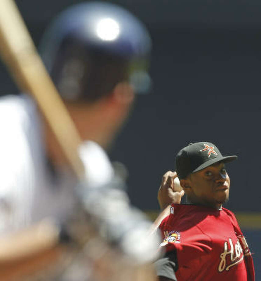 Wesley Wright is 1-2 with a 6.28 ERA in 10 apperances (four starts) with the Astros this season. Photo: Jeffrey Phelps, AP