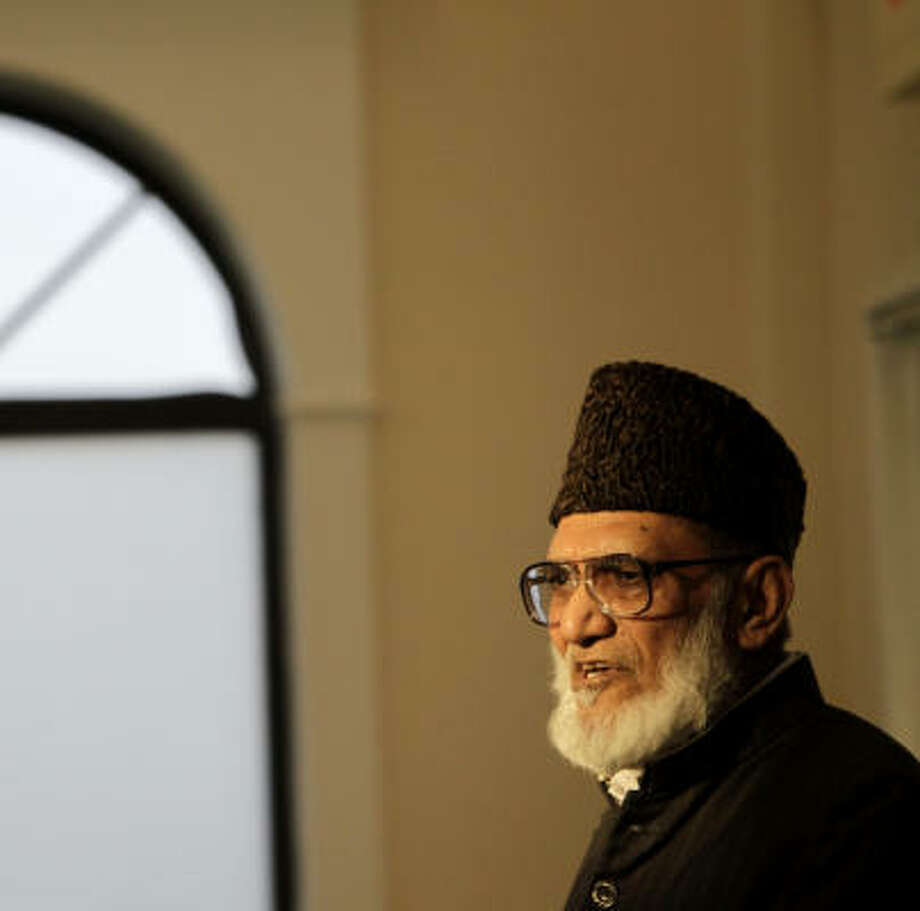Lutfur Rehman Mahmood, with the Ahmadiyya Muslim Community of Austin, was among the panelists at the symposium at the Baitus Samee Mosque on Saturday. Photo: Karen Warren, Chronicle