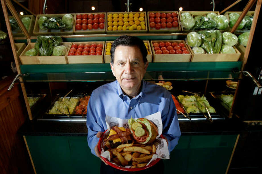 Chris Pappas, chief executive officer of Luby's, has turned much of his attention to Fuddruckers, which Luby's acquired over the summer. Fuddruckers has 187 restaurants and had sales of $320.5 million last year. Photo: Julio Cortez :, Chronicle