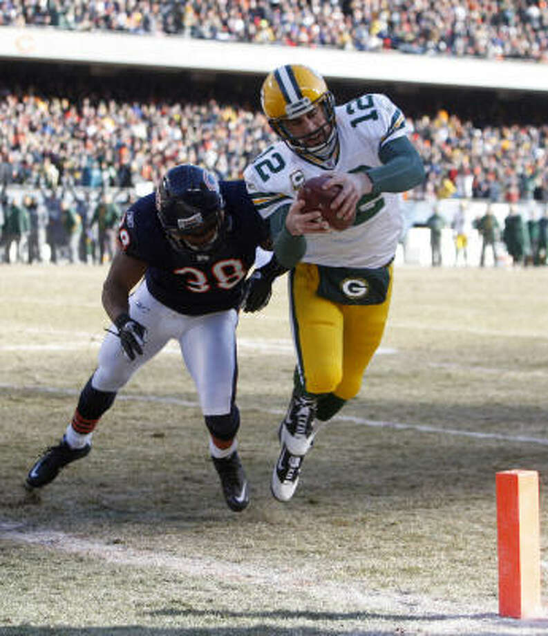 Aaron Rodgers and the NFC champion Green Bay Packers are favored to win Super Bowl XLV. Photo: Brian Cassella, MCT