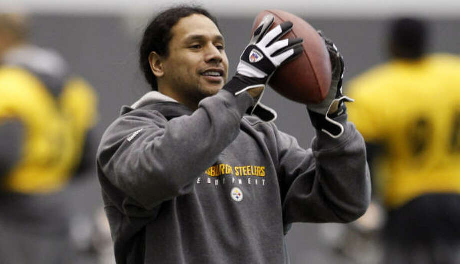 Unlike the regular-season matchup against the Jets, Troy Polamalu will be in the lineup for the Steelers. Photo: Keith Srakocic, AP