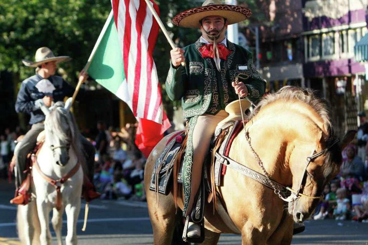Horsemen on parade.