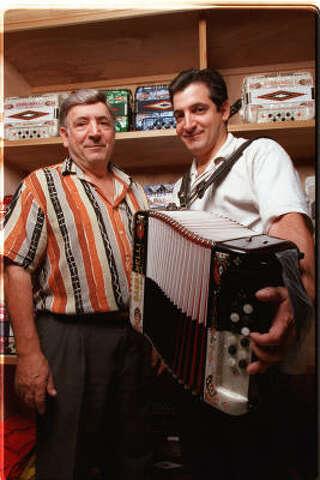 Houston's Mike Gabbanelli creates accordion masterpieces