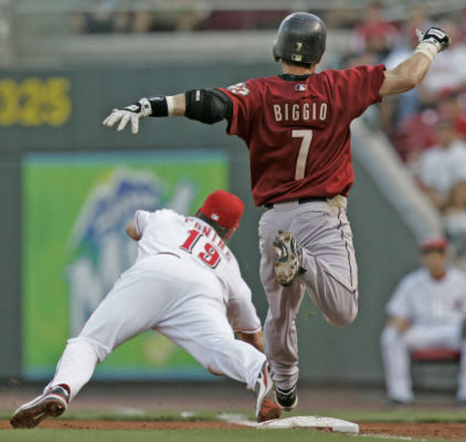 Craig Biggio got hit No. 2,962. It looks like he might get a shot at 3,000 against the Angels in June. Photo: Al Behrman, AP