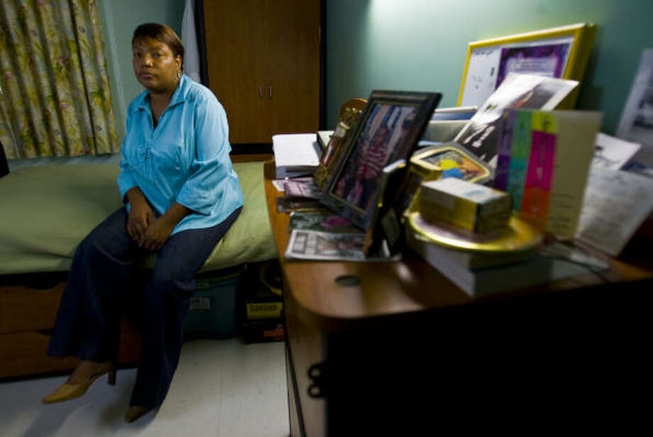 Charlene Pettway moved here after being laid off in Mobile, Ala. She and her son are living at the Salvation Army. Photo: Karen Warren, Chronicle