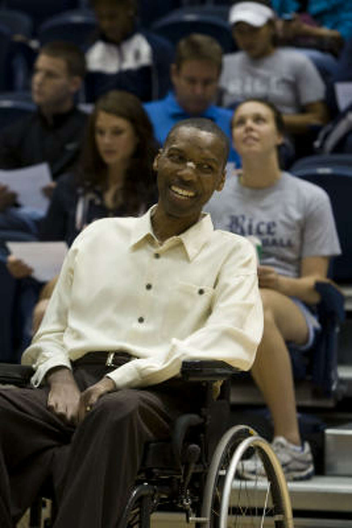 O.J. Brigance, who played football for Rice, visits Tudor Fieldhouse on Friday. He's been diagnosed with ALS.