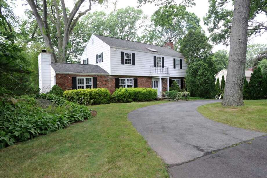 125 Woodside Drive, Greenwich, Thursday afternoon, July 28, 2011. Photo: Bob Luckey / Greenwich Time