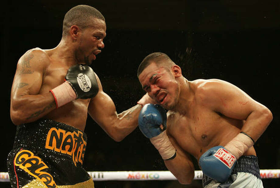 March 8, 2008:Nate Cambell of Florida handed Juan Diaz his first professional loss with a 12-round split decision in Cancun, Mexico. Photo: LUIS ACOSTA, AFP/Getty Images