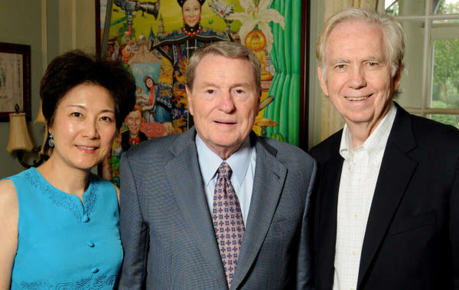 Lily Foster, Jim Lehrer and Charles Foster Photo: Dave Rossman, For The Chronicle
