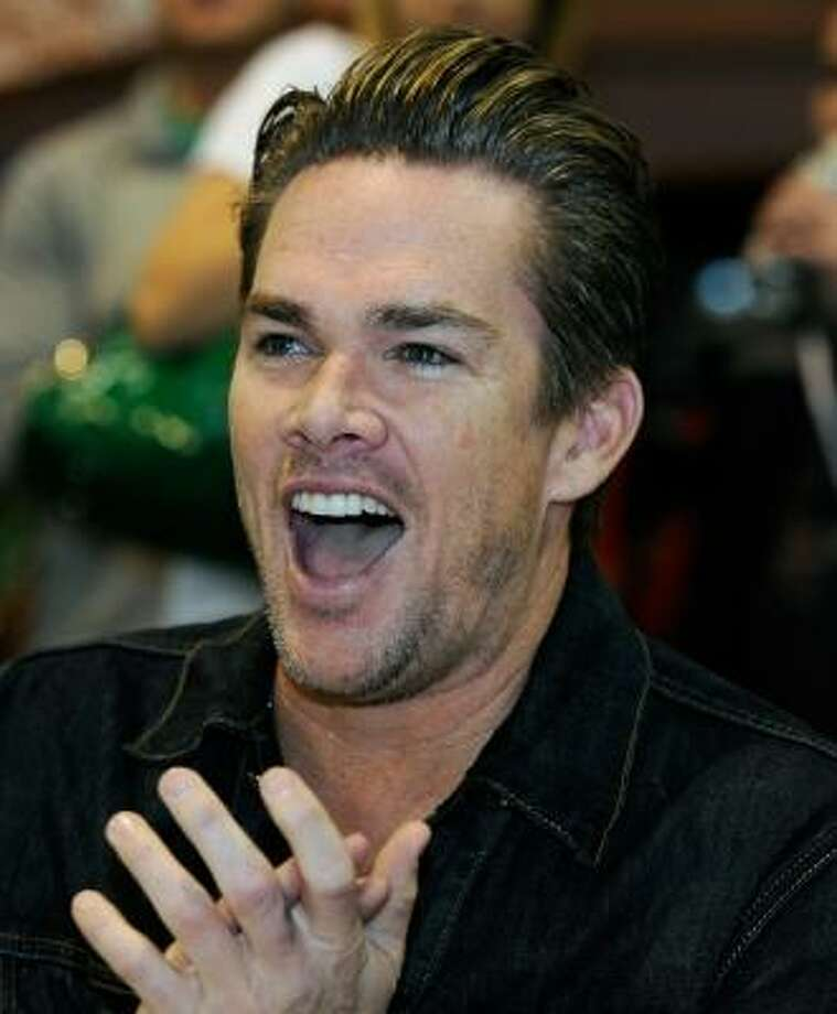 Mark McGrath and (Carin Kingsland): 