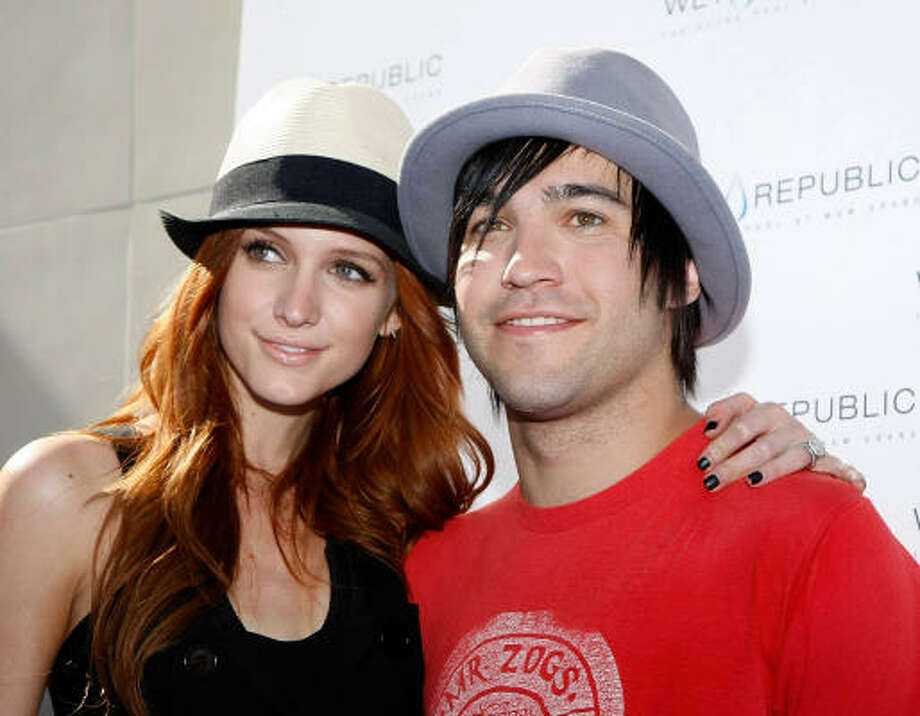 Ashlee Simpson-Wentz and Pete Wentz,:Kid's name: Bronx Mowgli Photo: Ethan Miller, Getty Images For Wet Republic