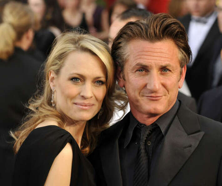 Sean Penn and Robin Wright:Kids' names: Dylan Frances and Hopper Jack.