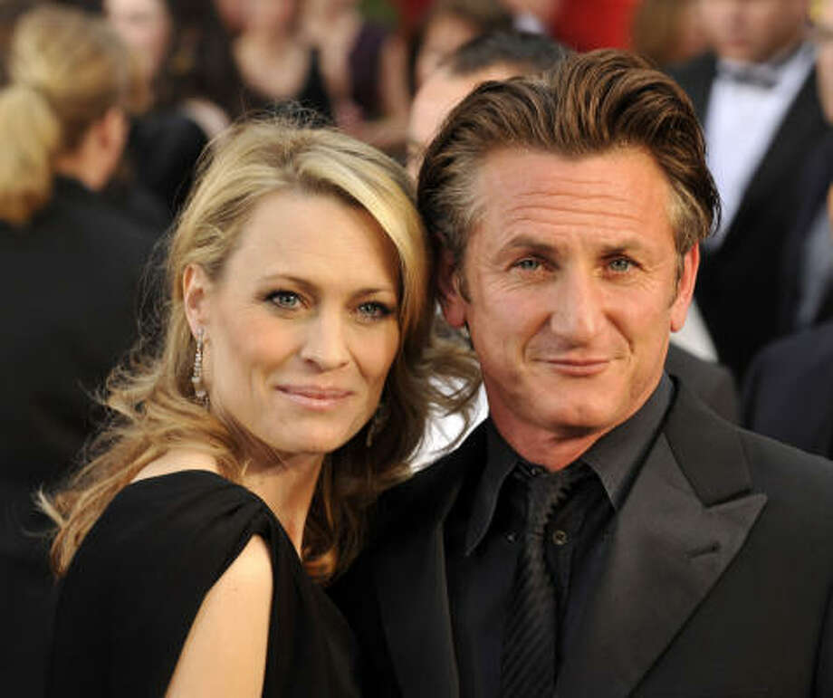Sean Penn and Robin Wright:Kids' names: Dylan Frances and Hopper Jack. Photo: LEONARD ORTIZ, MCT