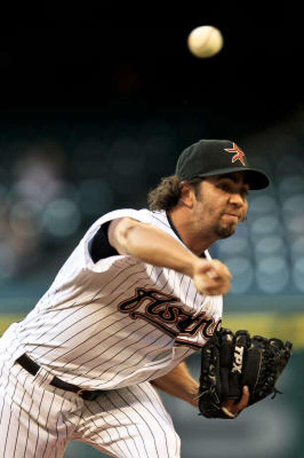 Astros starter Nelson Figueroa gave up four runs in five innings. Photo: Michael Paulsen, Chronicle