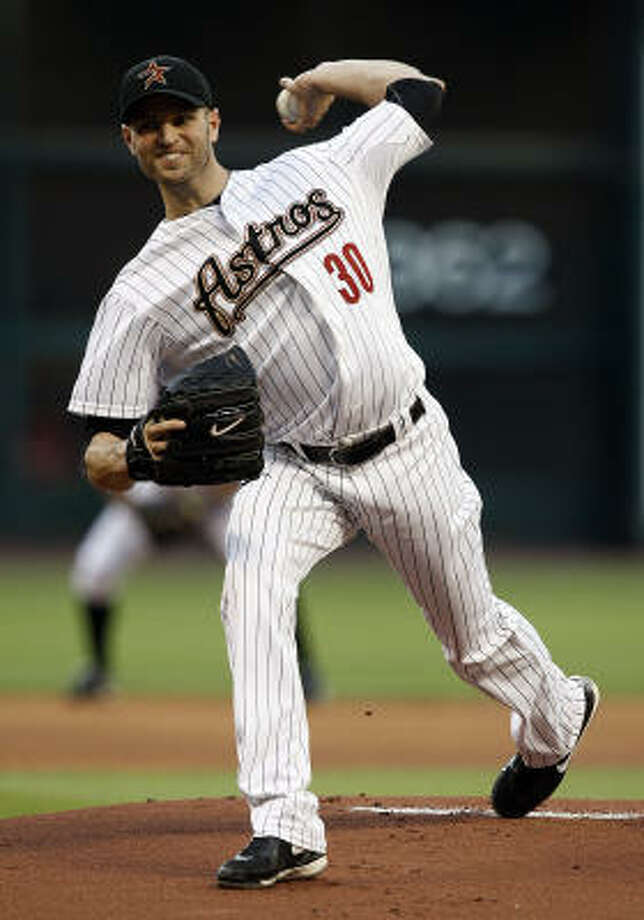 Astros pitcher J.A. Happ throws against the St. Louis Cardinals. Photo: Bob Levey, Getty Images
