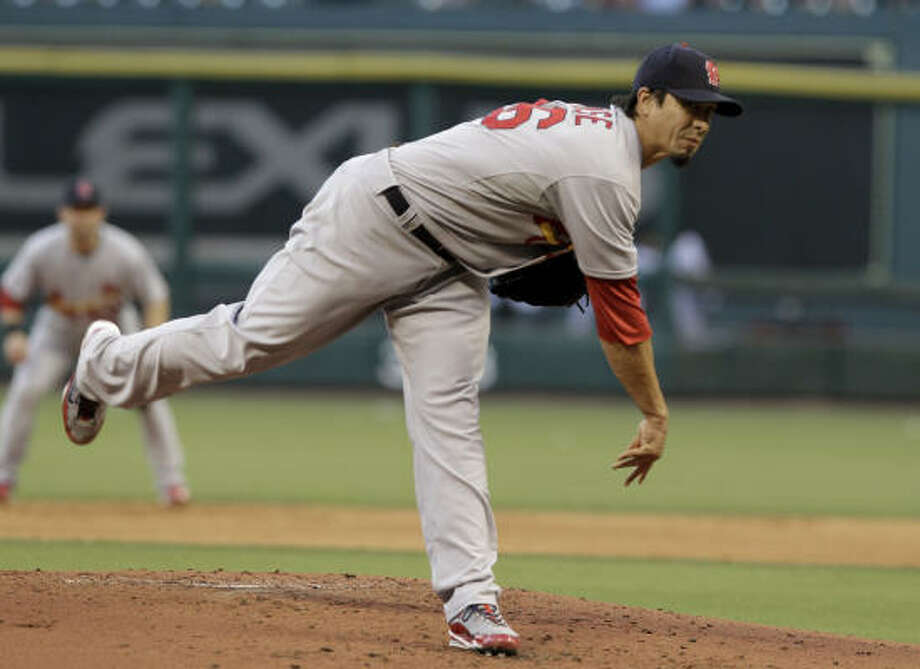 Cardinals pitcher Kyle Lohse follows through on a pitch in the second inning. Photo: Pat Sullivan, AP