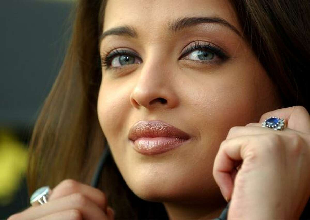 Indian actress and Miss World in 1994 Aishwarya Rai started out as an architecture student and is fluent in the languages English, Hindi, Kannada, Tamil, and Urdu.