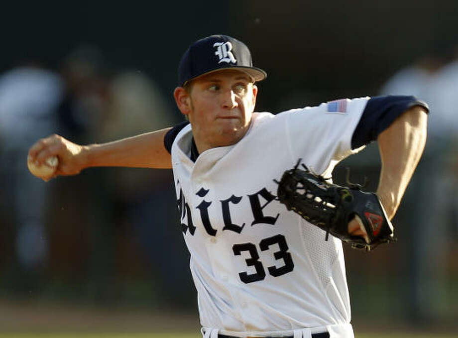 Rice starter John Simms held Texas A&M scoreless over 7 2/3 innings while striking out 11 batters Tuesday night at Reckling Park. Photo: Cody Duty, Chronicle