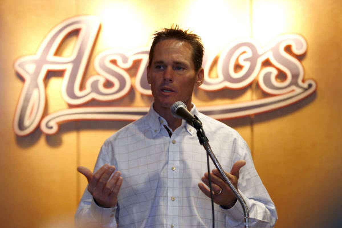 Feb. 11, 2008: Craig Biggio and the Astros announce Biggio's personal services contract with the club.