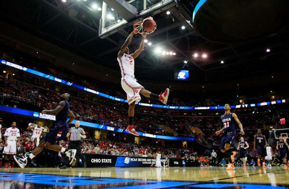 March 18: No. 1 Ohio State 75, No. 16 UTSA 46 Ohio State's Jordan Sibert throws down a monstrous dunk.