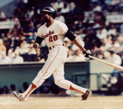 4e38d7ace Hall of Famer Frank Robinson dies at 83 - Houston Chronicle