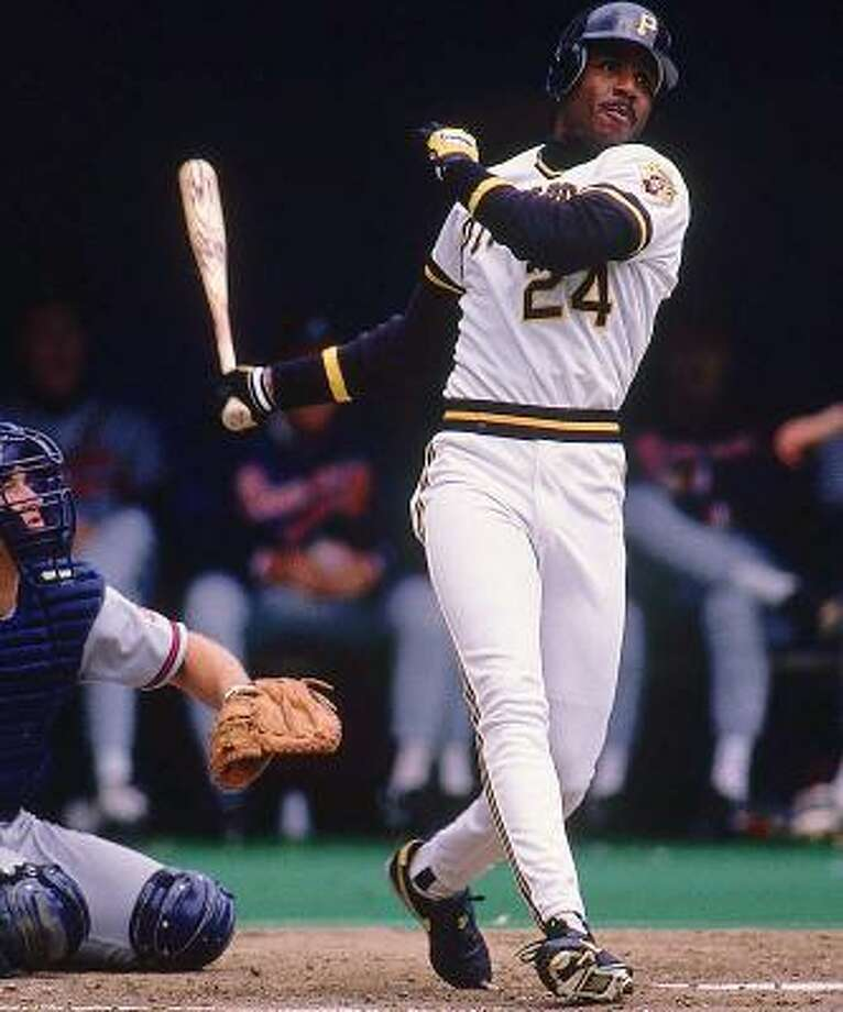 Pittsburgh Pirates – Barry Bonds Before San Francisco, before Balco, before the growing head and the rippling biceps, he was a lithe, athletic, supernaturally skilled Pirate. Bonds won two MVP awards as a Pirate and got jobbed out of the third when the voters decide to throw Terry Pendleton a bone for having a career year in 1991. Before Balco, Bonds had become such a great all-around player, he was building a compelling case for having surpassed Ted Williams as the greatest left fielder in history. Bonds set all kinds of records going the route he did, but I liked the other version of him better. Photo: John Iacono, Sports Illustrated