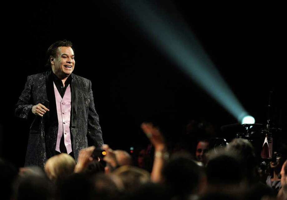 Singer Juan Gabriel performs during the 10th Annual Latin GRAMMY Awards at the Mandalay Bay Events Center November 5, 2009 in Las Vegas, Nevada.  (Photo by Ethan Miller/Getty Images) Photo: Ethan Miller, Hearst / 2009 Getty Images