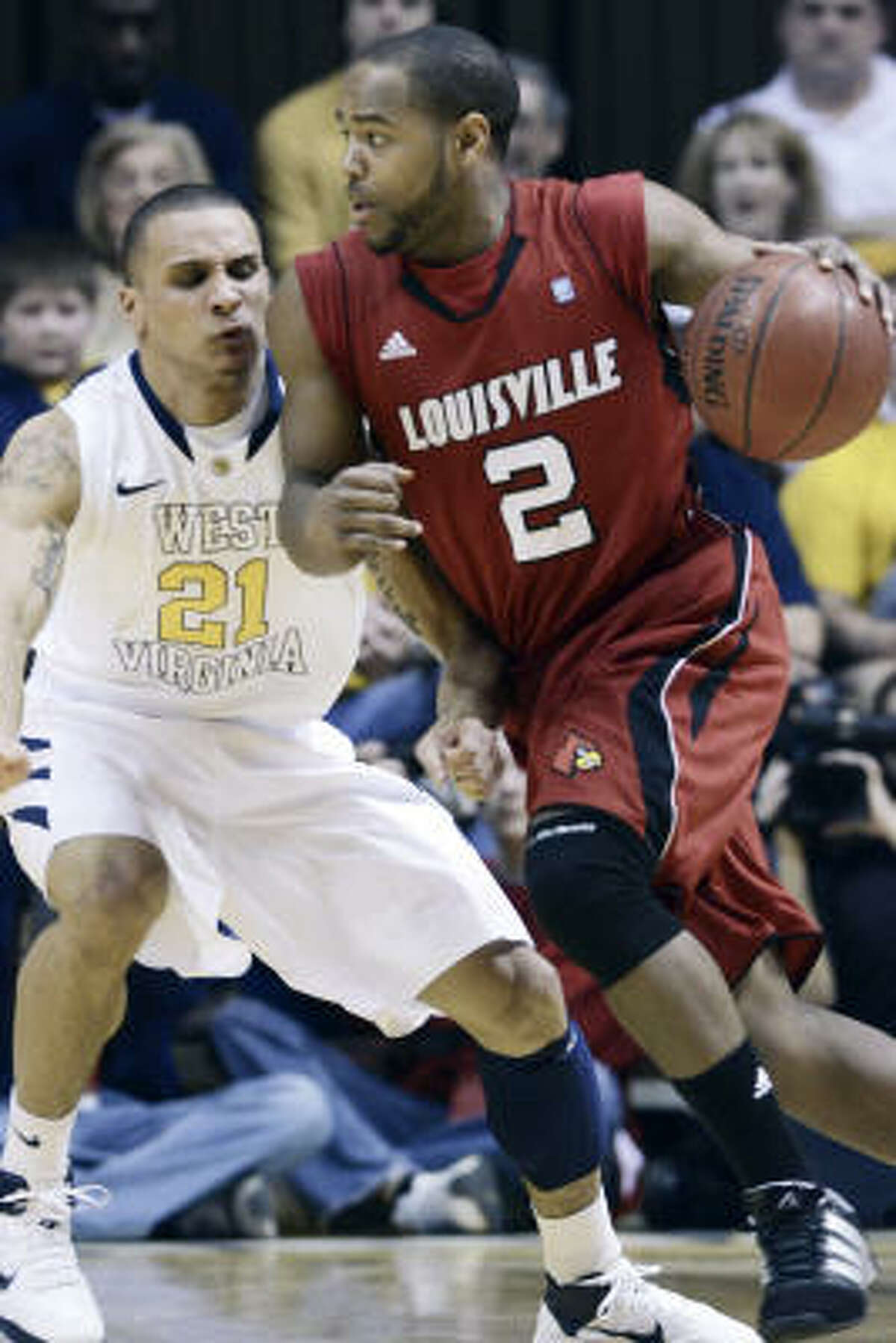 4 Louisville Cardinals (25-9) . Finish and bid: 12-6, third place in Big East; at-large bid. . Coach: Rick Pitino (10th season). . Best player: G Preston Knowles, 6-1, Sr., 14.8 ppg, 38.5 3 pt. pct. . Best wins: at UConn, Syracuse, Pitt. . Road to Reliant: 805 miles. . Notable: They've dealt with numerous injuries, the latest to leading rebounder Rakeem Buckles. They share the ball well (sixth in assists, 17.5) and rely heavily on 3-pointers (24.4 per game).