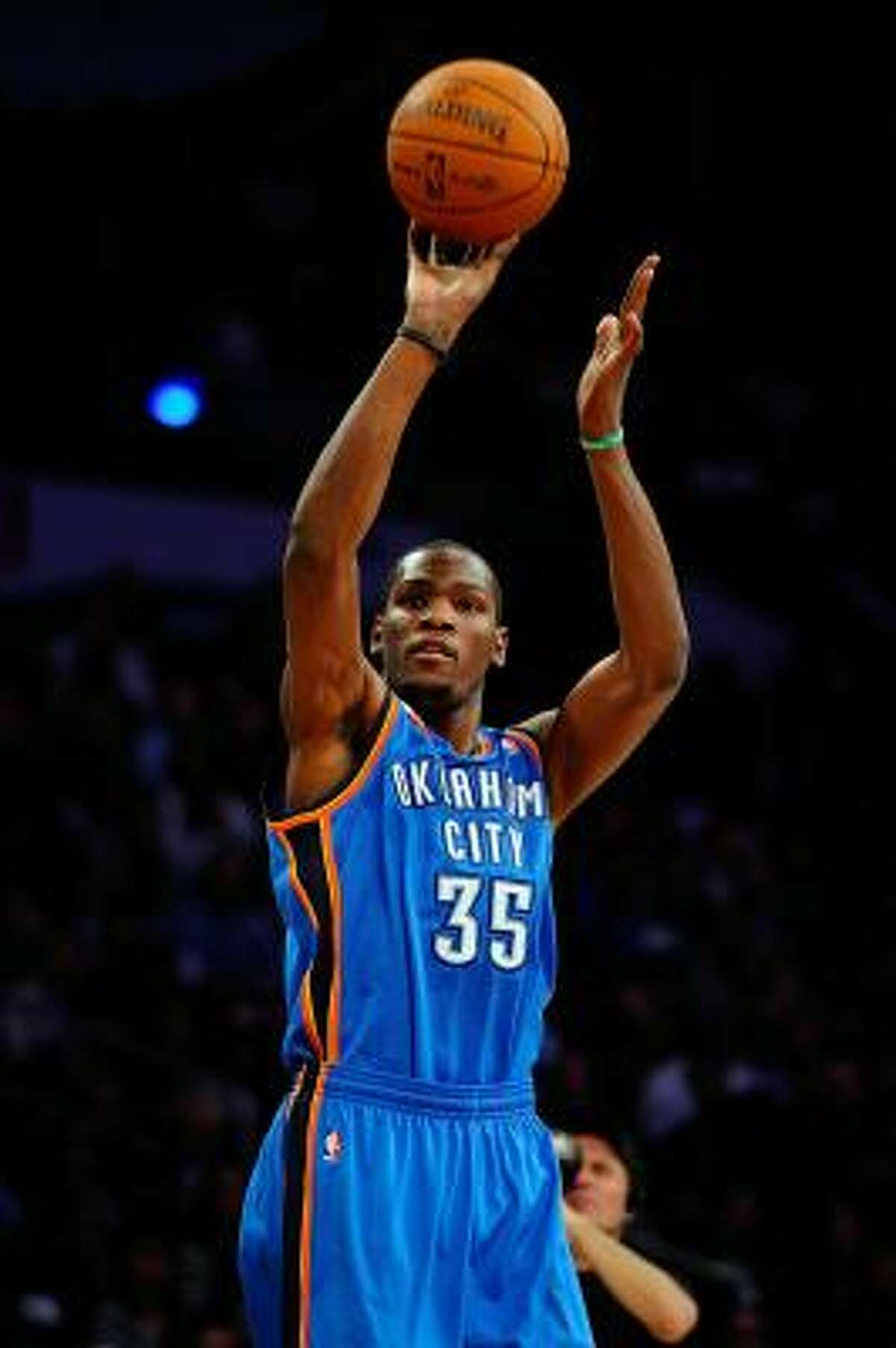 Kevin Durant failed to advance out of the first round of the Three-Point Contest.