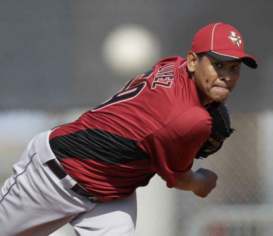 Righthander Wilton Lopez delivers a pitch. Photo: Karen Warren, Chronicle