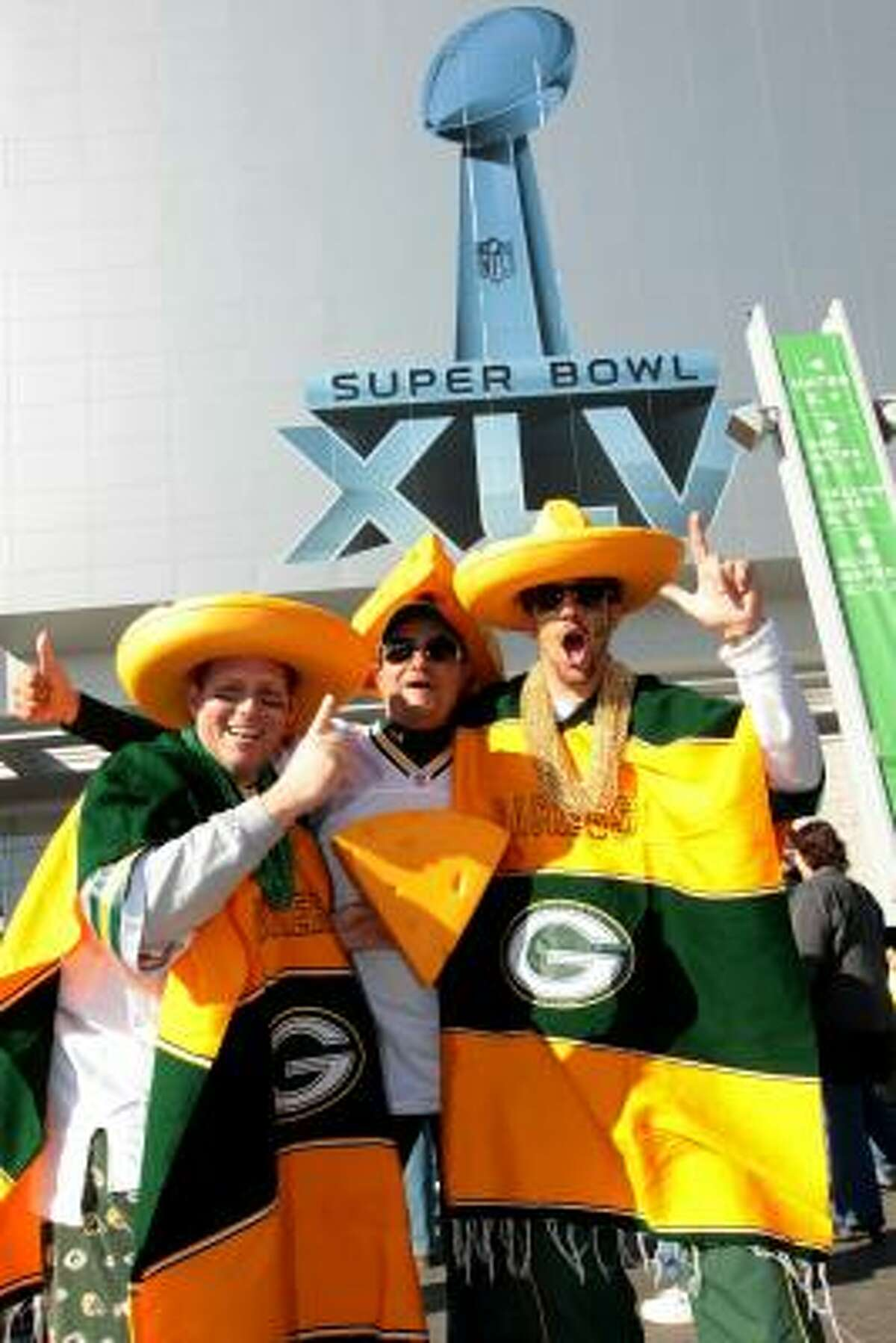 Packers fans take a Southern approach to their wardrobes.
