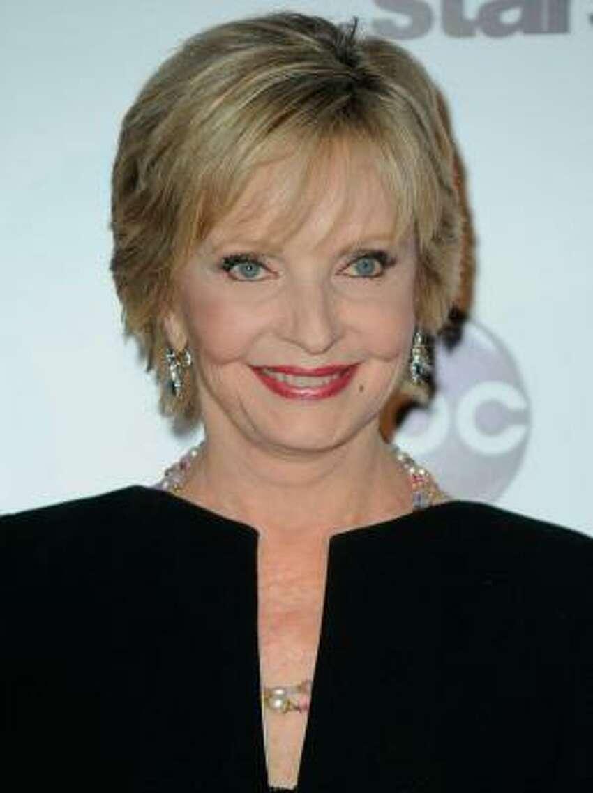 Florence Henderson played Carol Brady on