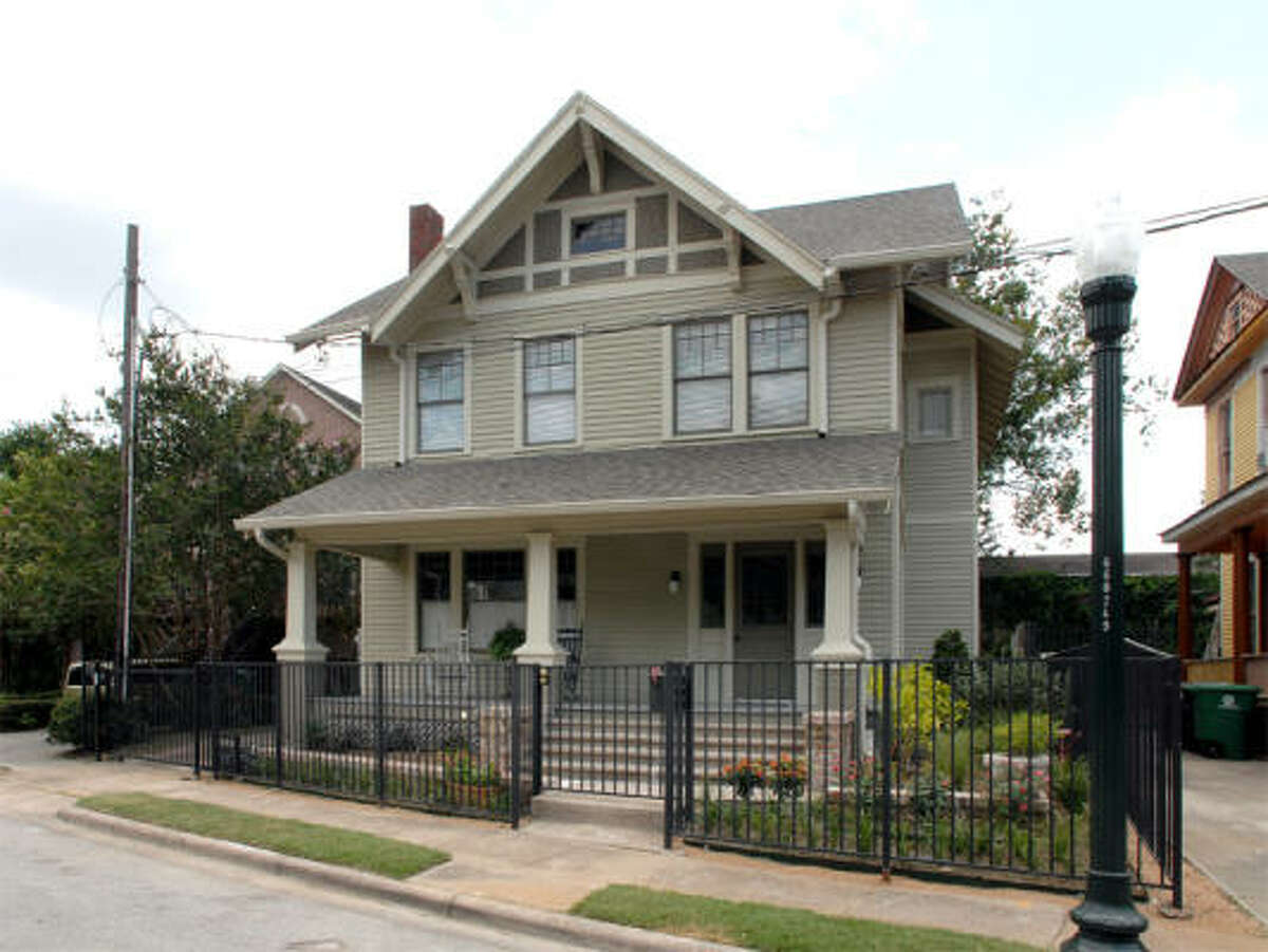 A century-old foursquare in the Westmoreland Historic District was renovated by T.J. Bath and Dan Hawkins.