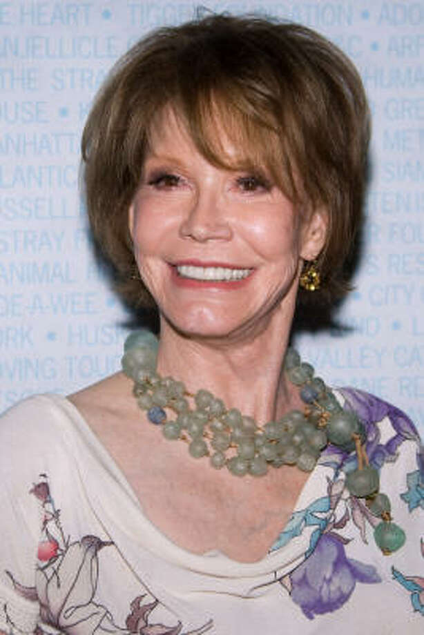 Mary Tyler Moore  Photo: Charles Sykes, AP