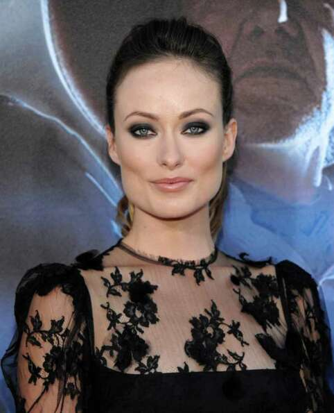 Olivia Wilde is a huge supporter of Obama and campaigns for him.