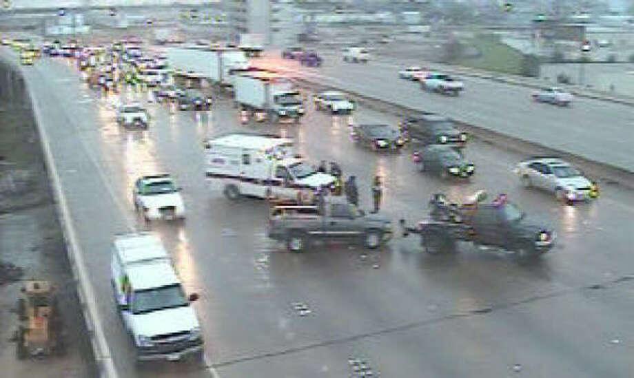 A crash this morning on I-10 Katy westbound at Studemont in Houston blocks three traffic lanes. Photo: HOUSTON TRANSTAR