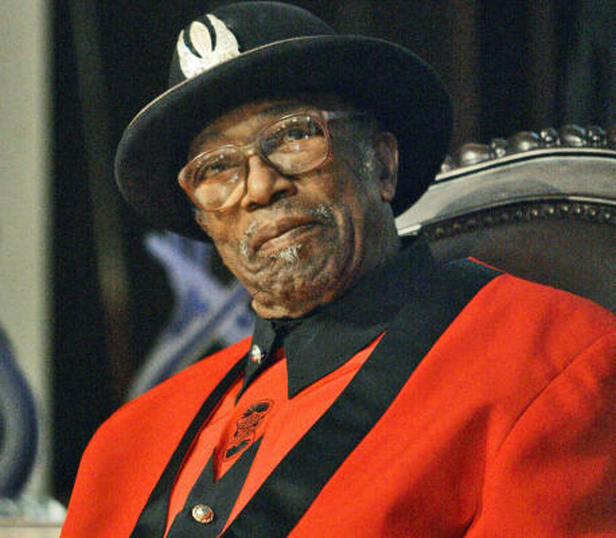 Music pioneer Bo Diddley died of heart failure Monday.