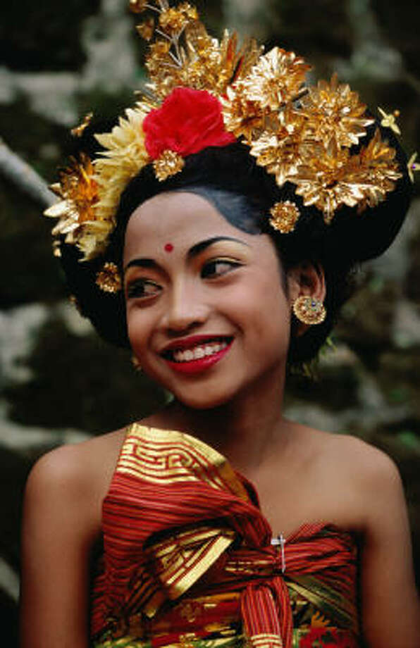 All dressed up for an Ubud festival. Photo: Gregory Adams, Lonely Planet Images