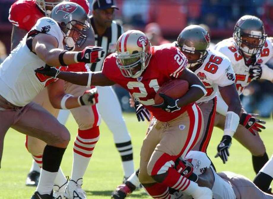 San Francisco RB Frank Gore has established himself as a top five pick in most fantasy football drafts. Photo: TUE NAM TON, CONTRA COSTA TIMES