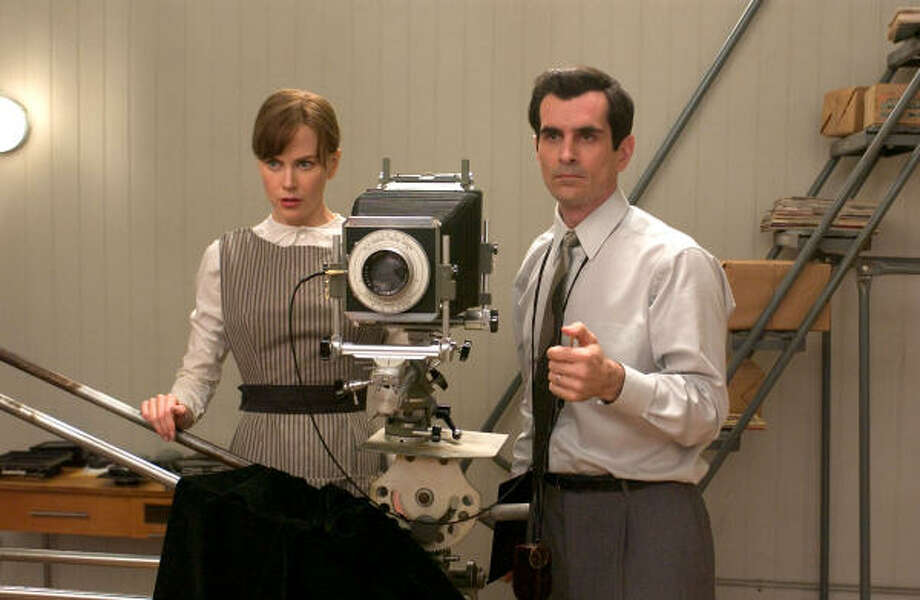 Diane Arbus (Nicole Kidman) assists her husband (Ty Burrell), and is about to crack. Photo: Picturehouse