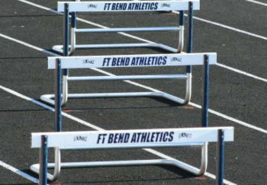 Because of concerns from coaches and ADs, UIL officials are reevaluating the situation and trying to figure out how to resurrect regional track meets. Photo: Gerald James, Chronicle