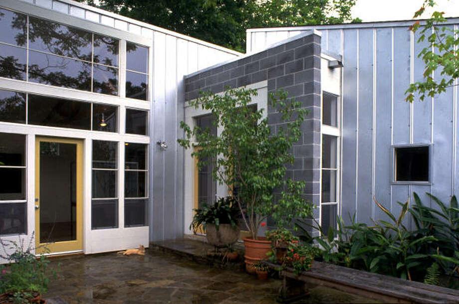 Balinskas House (now Miller House), 5421 Dickson , Houston, TX  Built: 1993 . Architect: Natalye Appel + Associates Architects, LLC  credit: Paul Hester Photo: Paul Hester