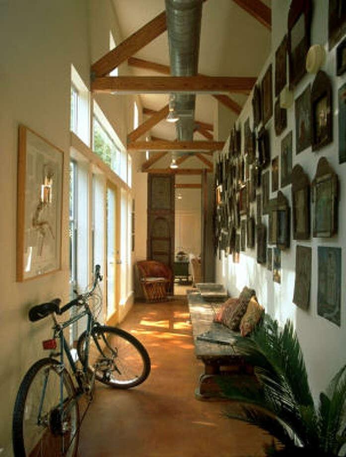 Balinskas House (now Miller House), 5421 Dickson , Houston, TX  Built: 1993 . Architect: Natalye Appel + Associates Architects, LLC  Photo Credit: Paul Hester Photo: Paul Hester
