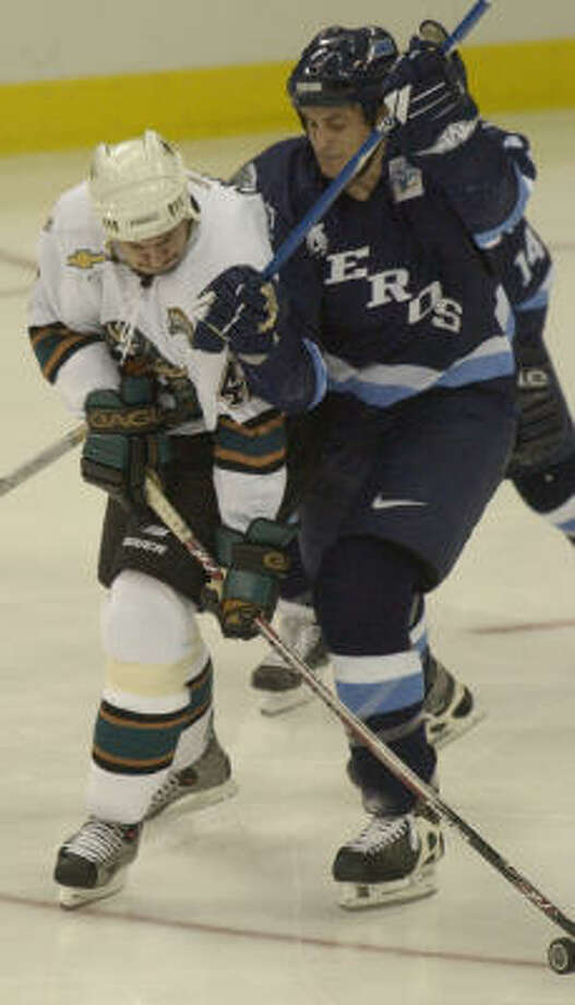 Derek Boogaard played for the Aeros from 2003-05 and collected one goal, 8 assists and 466 PIMS. Photo: Melissa Phillip,  Chronicle