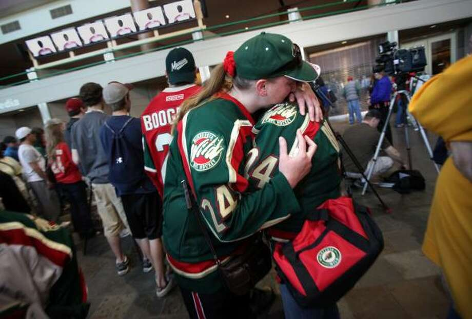 Fans mourn Derek Boogaard  at a memorial service  at the Xcel Energy Center on Sunday, May 15. Photo: Renee Jones Schneider, McClatchy-Tribune News Service