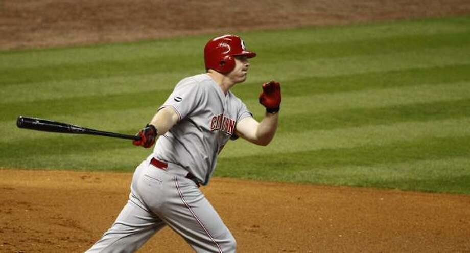 Cincinnati's Jay Bruce watches a ball he hit go over the fence for a two-run homer in the first inning. Photo: Nick De La Torre, Chronicle