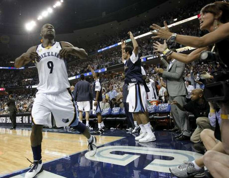 Western Conference Game 6: No. 8 Grizzlies 99, No. 1 Spurs 91 (Grizzlies win 4-2) Grizzlies guard Tony Allen (9) celebrates in the closing seconds of Friday's game against the Spurs in Memphis, Tenn. The Grizzlies held off the Spurs in Game 6 to complete a stunning first-round upset. Photo: Mark Humphrey, AP
