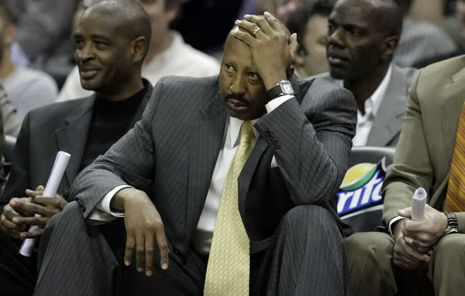 Proven commodities   Mike Woodson Former Hawks coach and former Rockets player known for strong relationship with players. Photo: KIN MAN HUI, San Antonio Express-News