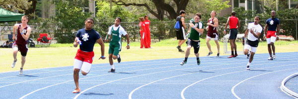 400-relay action