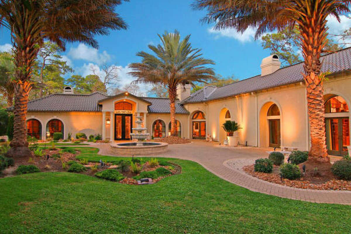 11722 Claywood, $1,695,000 Agent: Leann Saimons Martha Turner Properties 713-520-1981 Main 832-868-9453 Direct
